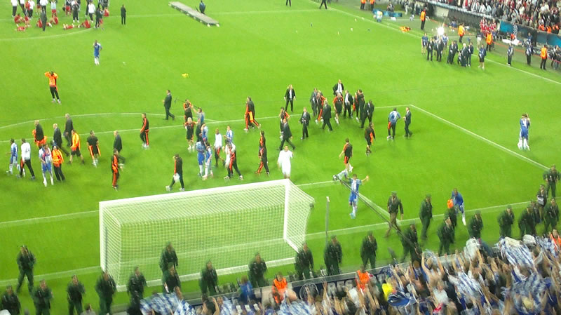 Chelsea Bayern Munich players celebrate